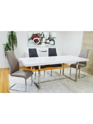 WHITE LACQUER DINNING TABLE WITH 4 CHAIRS